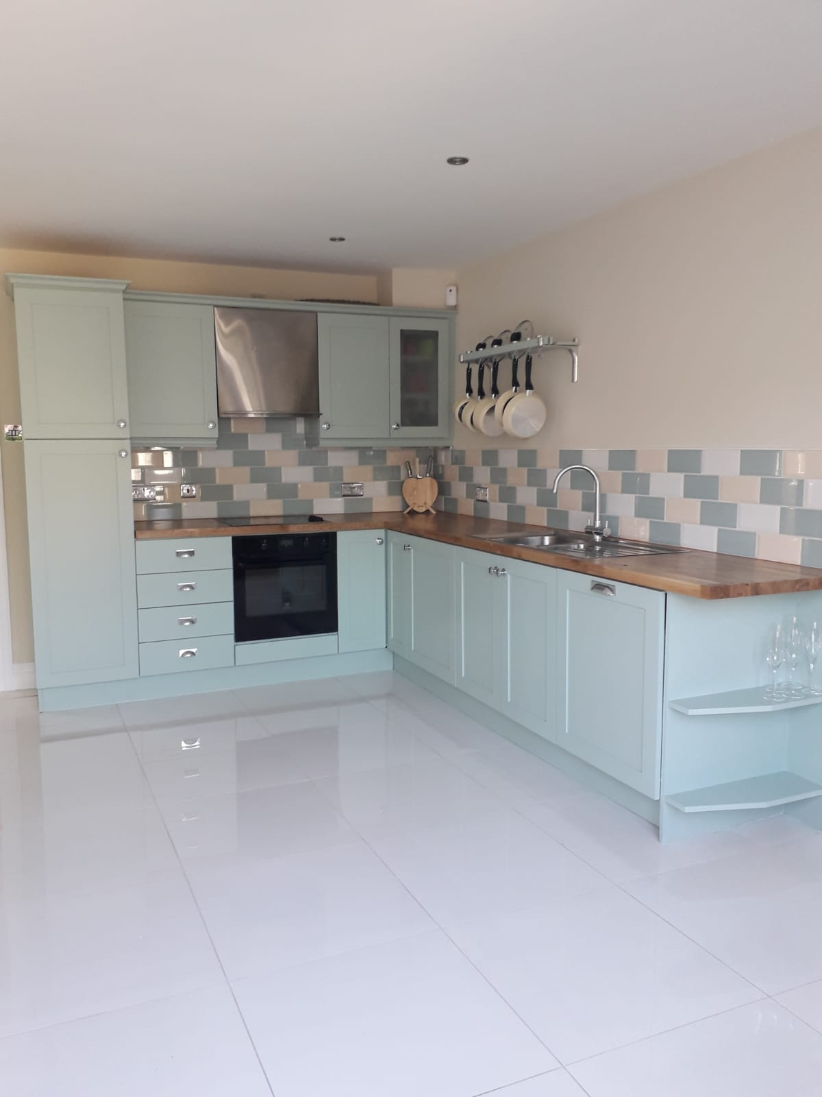 Kitchen Spray Painting - Get Your Free Quotation Today